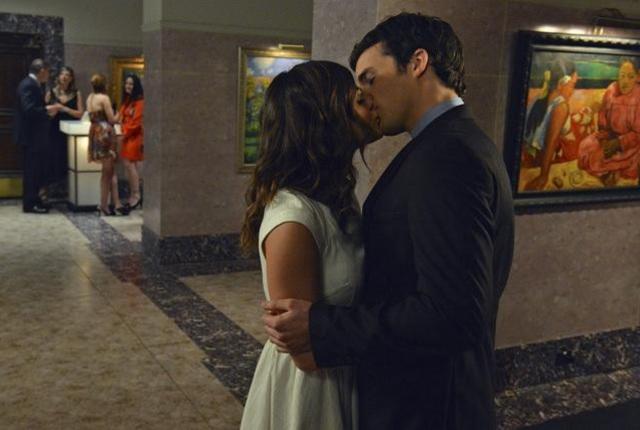 Ezria kiss