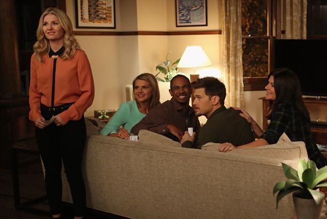 Jane convinces the gang