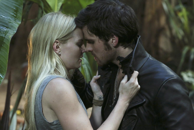 Hook-and-emma-grow-closer