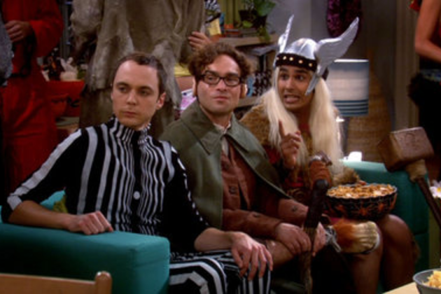 Leonard-sheldon-and-raj-on-the-couch
