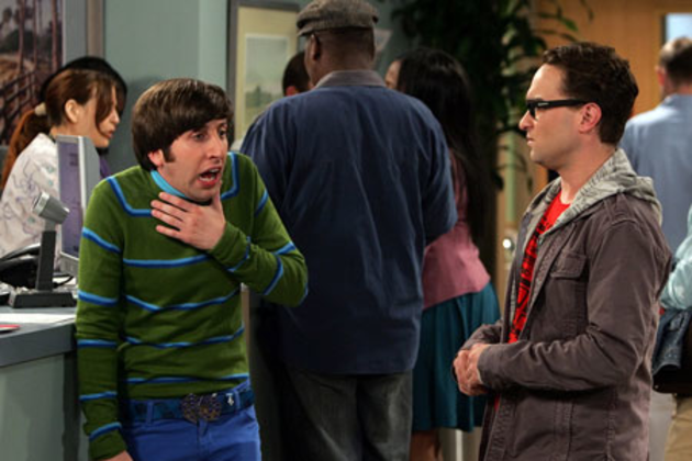 Wolowitz-distracts-leonard
