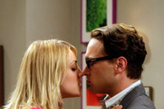 Leonard-and-penny-about-to-kiss