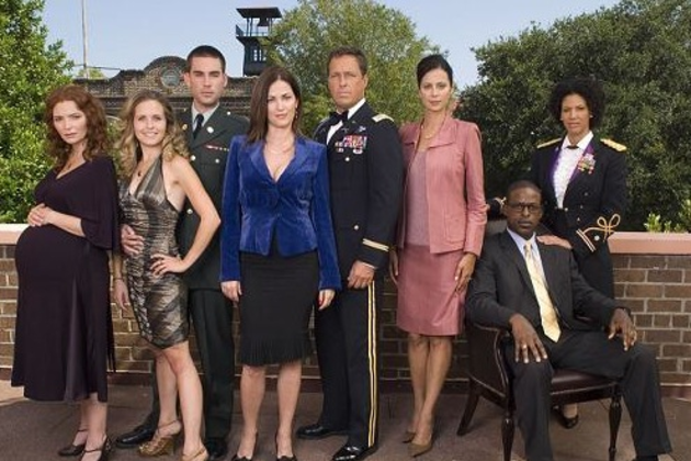 Army-wives-cast-pic