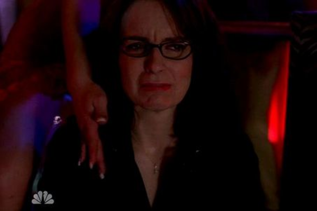 Liz-lemon-at-a-strip-club