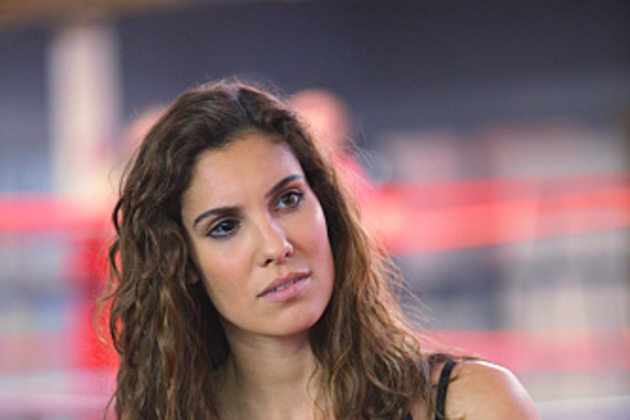 Kensi-works-out