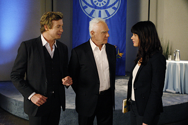 Malcolm-mcdowell-on-the-mentalist