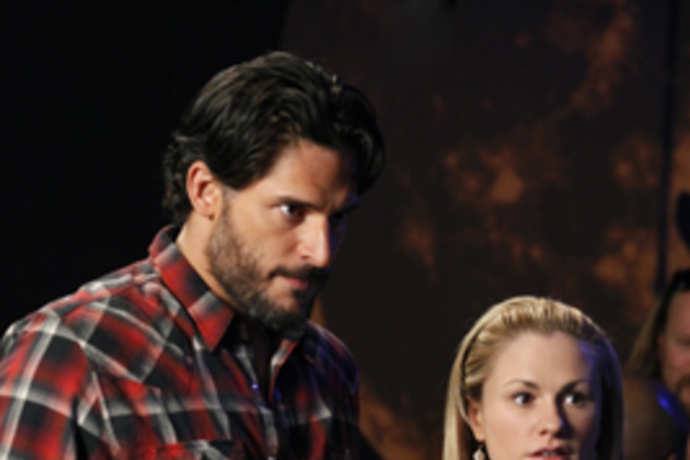 Alcide-with-sookie