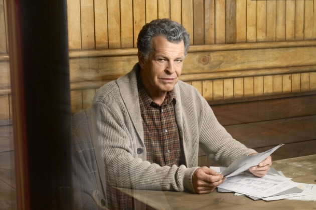John-noble-as-walter-bishop