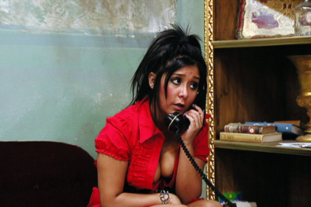 Snooki-on-the-phone