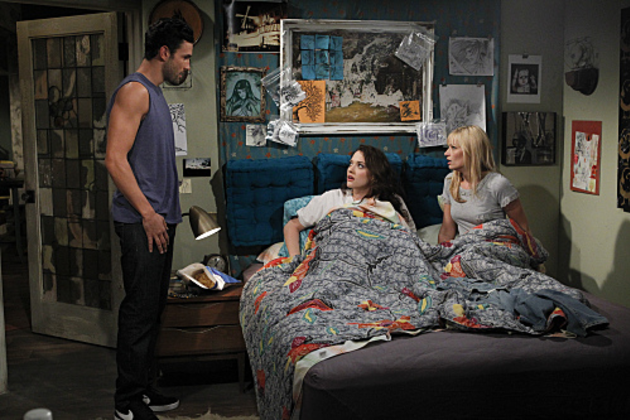 2-broke-girls-scene