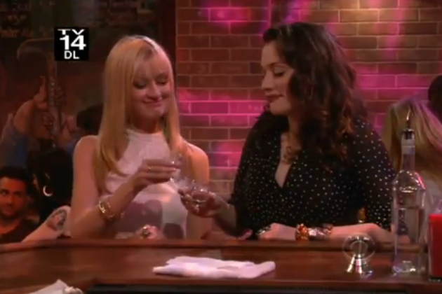 Cheers-to-2-broke-girls