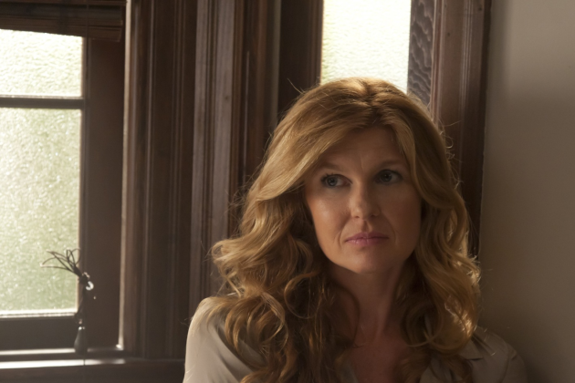 Connie-britton-as-viven