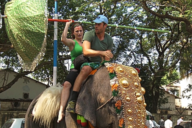 Rachel-and-brendan-on-an-elephant