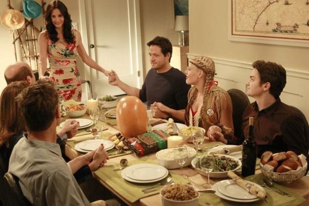 Jules-and-the-gang-celebrate-thanksgiving
