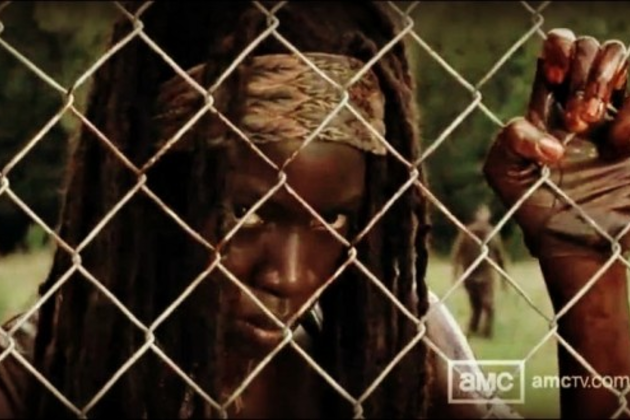 Michonne-behind-a-fence