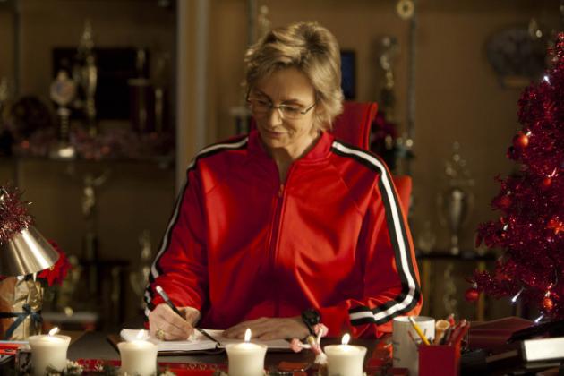 Sue-pens-a-letter