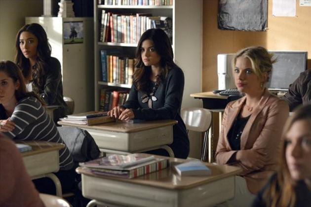 Pretty-little-liars-season-3-finale-scene