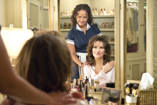 Judy-reyes-and-susan-lucci-on-devious-maids