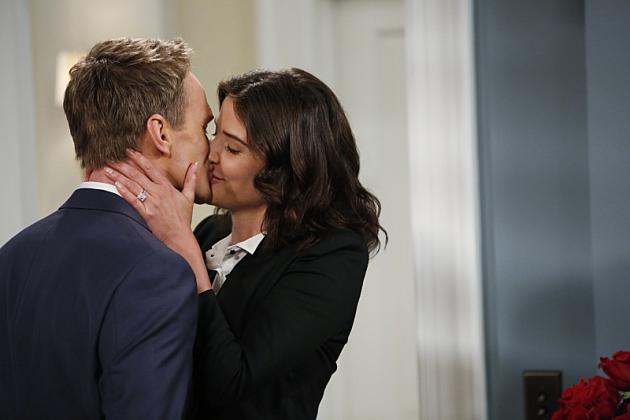 Barney-and-robin-kiss