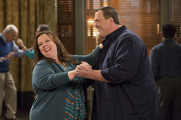Mike-and-molly-dancing