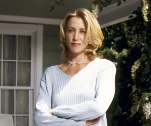Desperate Housewives Spoilers: Carlos and Lynette Naked?