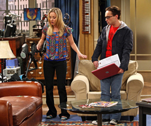 "The Big Bang Theory Pics: ""The Cushion Saturation"""