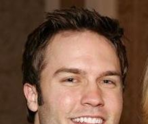 For Scott Porter, Playing Jason Street is Both Challenging and Profound