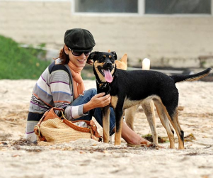 Kate Walsh and Friend Have a Ball