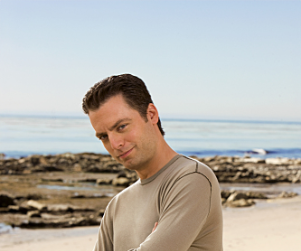 Justin Kirk Lands Lead in Animal Kingdom