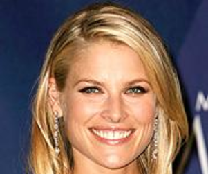 Ali Larter On: Love, New Jersey and More