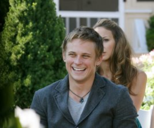Billy Magnussen, Band to Perform in New York City