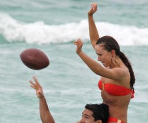 Mario Lopez and Karina Smirnoff: Fun in the Sun
