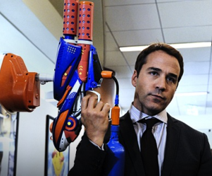 "Entourage Season Finale Recap: ""Give a Little Bit"""