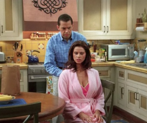 """Two and a Half Men Review: """"Give Me Your Thumb"""""""