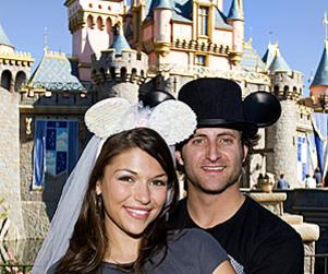 DeAnna Pappas, Jesse Csincsak Go to Disneyland