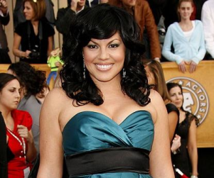 Sara Ramirez to Return to the Stage