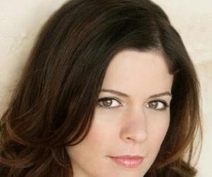 Lauren Stamile: Cast on Community