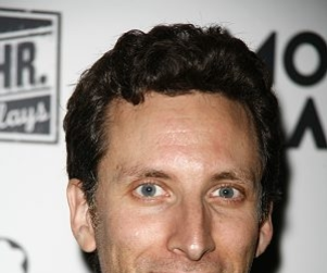 Ben Shenkman to Guest Star on Burn Notice