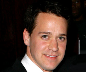 Grey's Anatomy Spoilers: T.R. Knight Update