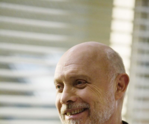 Hector Elizondo to Reprise Role on Grey's Anatomy
