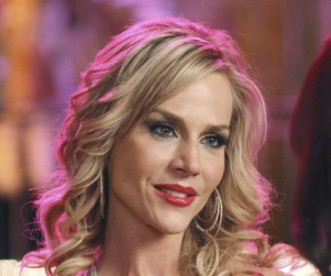 Julie Benz to Star in No Ordinary Family