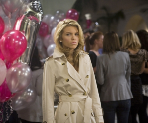 "90210 Photographic Preview: ""Rats & Heroes"""