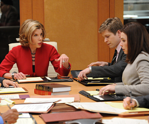 "The Good Wife Review: ""Bang"""