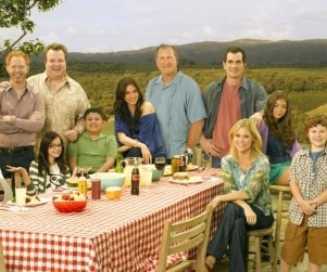 Modern Family to Celebrate Jay's Birthday in Hawaii
