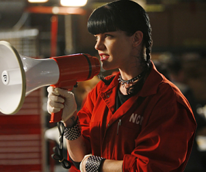 "Pauley Perrette Dishes on NCIS, ""Abby Stuff"""