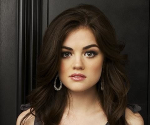 Sara Shepard Speaks on Pretty Little Liars Casting, Television Show Adaption
