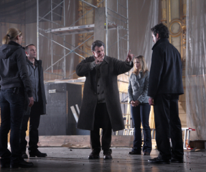 "Fringe Episode Stills: ""Over There"""