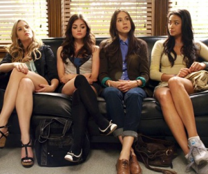 "Pretty Little Liars Preview: ""The Jenna Thing"""