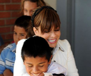 Paula Abdul Gives Back