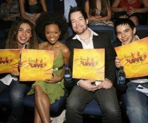American Idol Finalists Attend Vegas Show